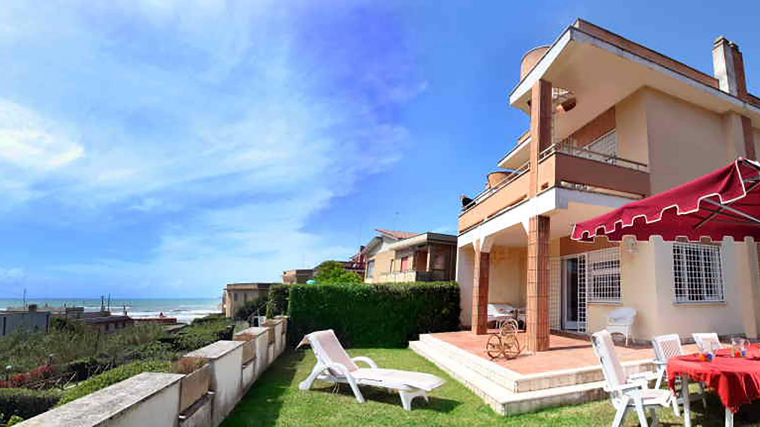 Villa-Quarta-a-Lido-dei-Gigli-lido-dei-gigli